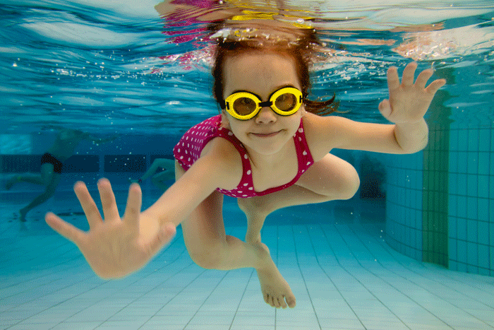 Jeux et jouets de piscine : attention aux accidents