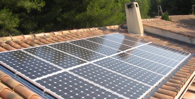 panneau-photovoltaique-danger