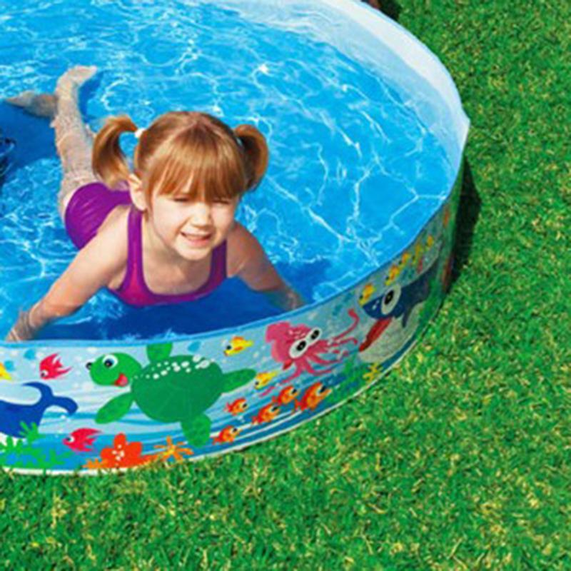 piscine en plastique le danger existe aussi. Black Bedroom Furniture Sets. Home Design Ideas