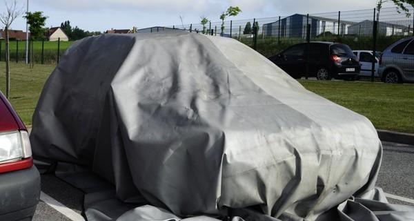 couverture anti feu pour la voiture