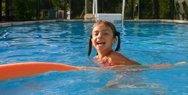 Qui certifie les syst mes de s curit pour piscine for Norme securite piscine