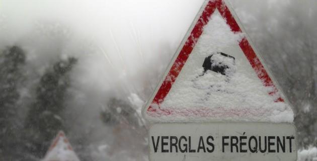 neige-verglas-trottoir-obligation-securite-nettoyer