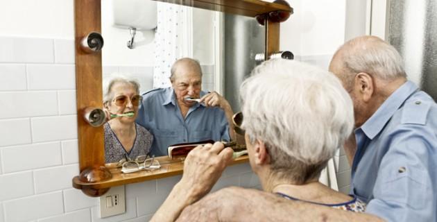 sécurité personnes âgées : aménagez la salle de bains ! - Salle De Bain Personnes Agees