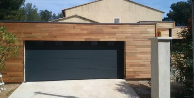 Portes de garage quels portails pour garage choisir for Double porte de garage