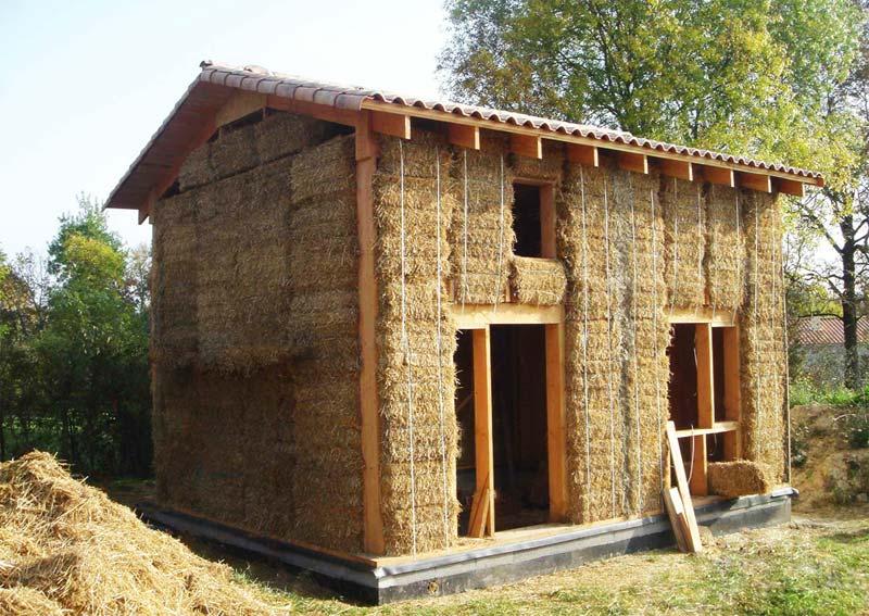 Maison en paille revue des protections et risques d 39 incendie for Construction de maison en paille