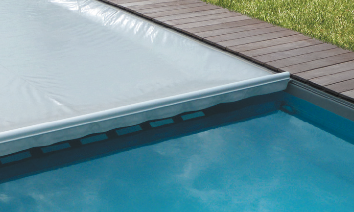 La nouvelle couverture de s curit pour piscine ultima cover for Norme securite piscine