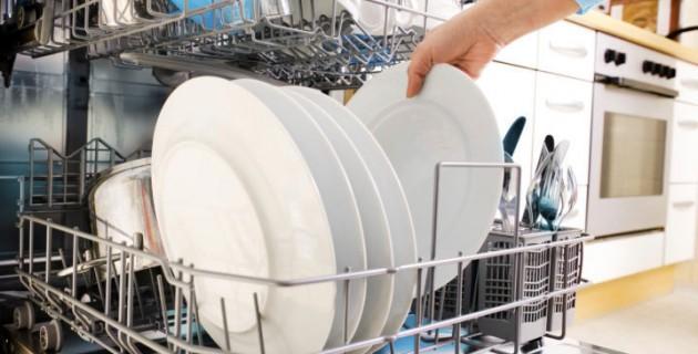 Bacteries-le-lave-vaisselle-est-il-dangereux-pour-la-sante