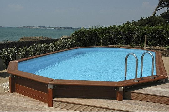 Piscine hors sol les piscines du 21 si cle pictures to pin on pinterest - Piscine hors sol carre ...