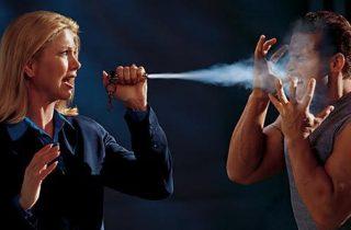Bombe lacrymogène, gel, poivre ou gaz - quel produit choisir