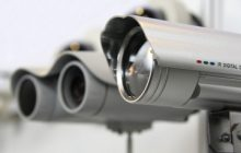 caméra factice : la sécurité avec une fausse caméra